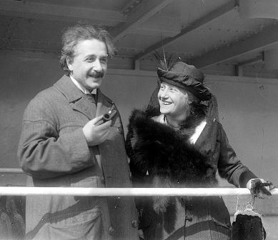 Facts about Albert Einstein - With his wife