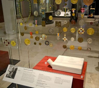 Facts about Alexander Fleming - Display at the museum