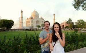 Ab proposed her wife, Danielle Swart in Taj Mahal, Agra, India