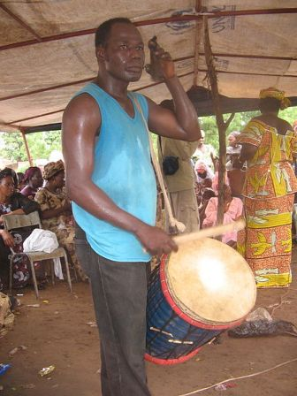 Facts about African drumming - Dundun