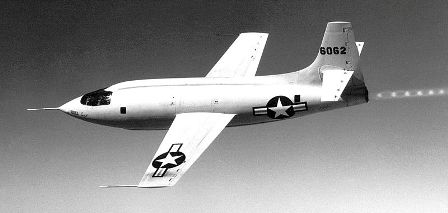 Facts about aeroplanes - X-1-1 In Flight