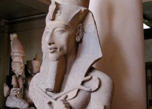 10 Interesting Facts about Akhenaten