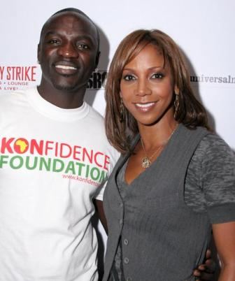 Facts about Akon - With wife
