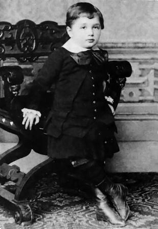 Facts about Albert Einstein - Young Einstein