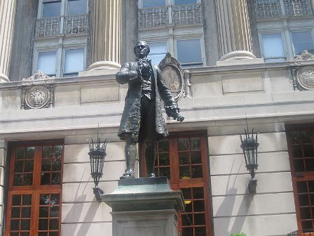 Facts about Alexander Hamilton - Statue