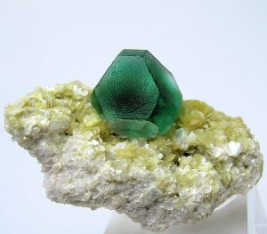 Cubic and octahedral faces of fluorite