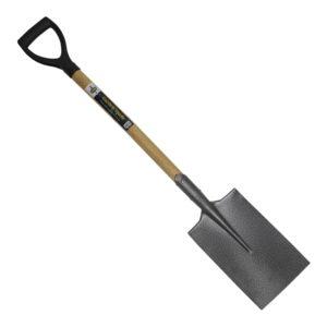The basic equipment, spade